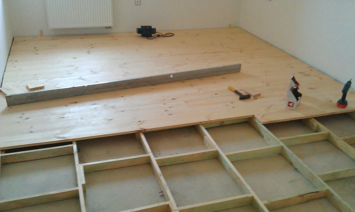 Jak položit dřevěnou podlahu na beton
